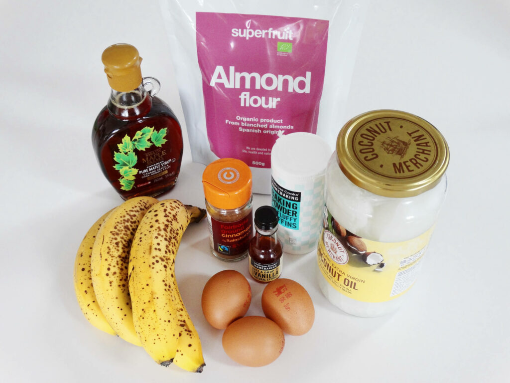 Daddelicious - dairy free banana bread made with almond flour